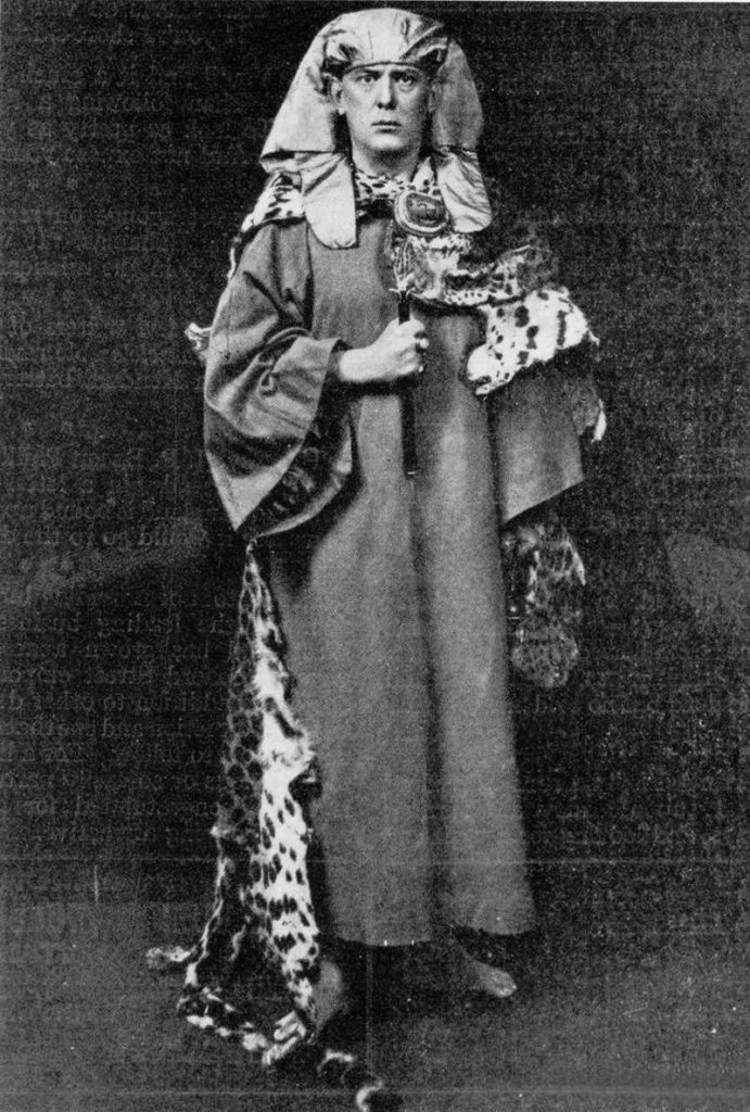 Crowley in Golden Dawn garb, 1910